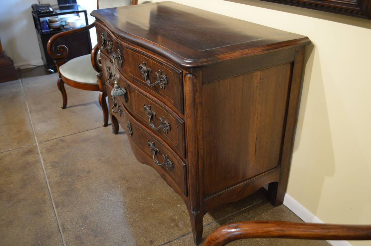 Napoleon III Antique French Dresser in Walnut For Sale - Antique French Dresser In Walnut For Sale At 1stdibs
