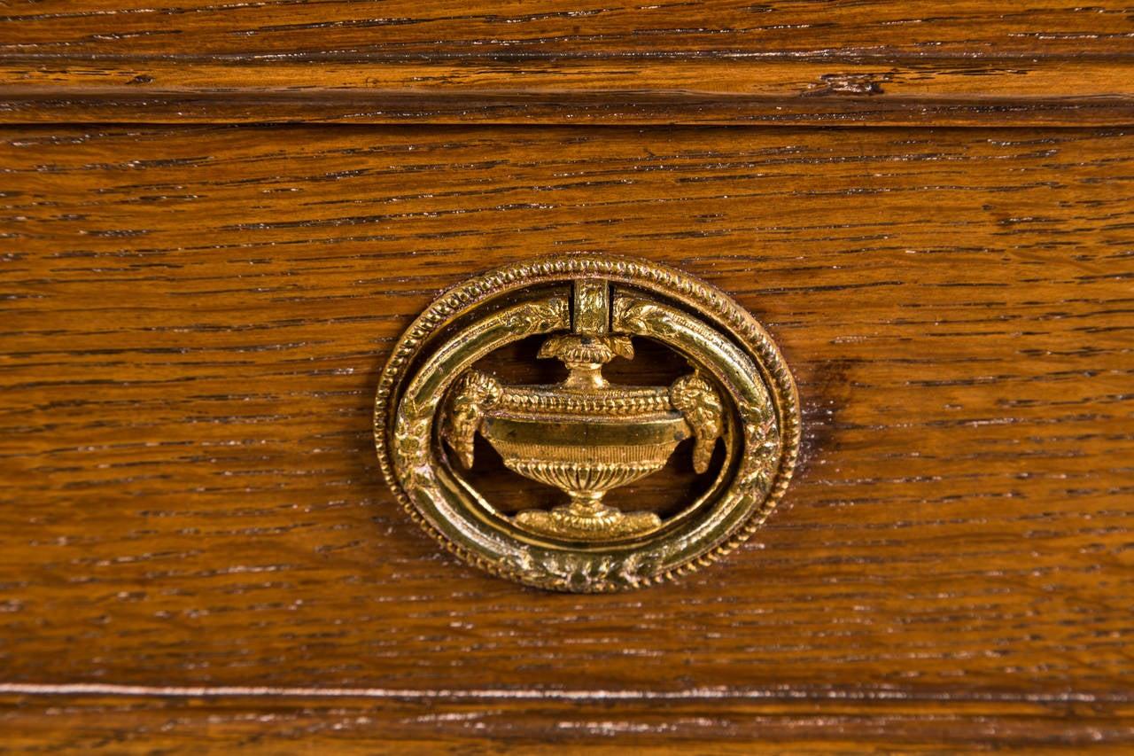 18th Century French Louis XVI Dresser in Solid Oak 5