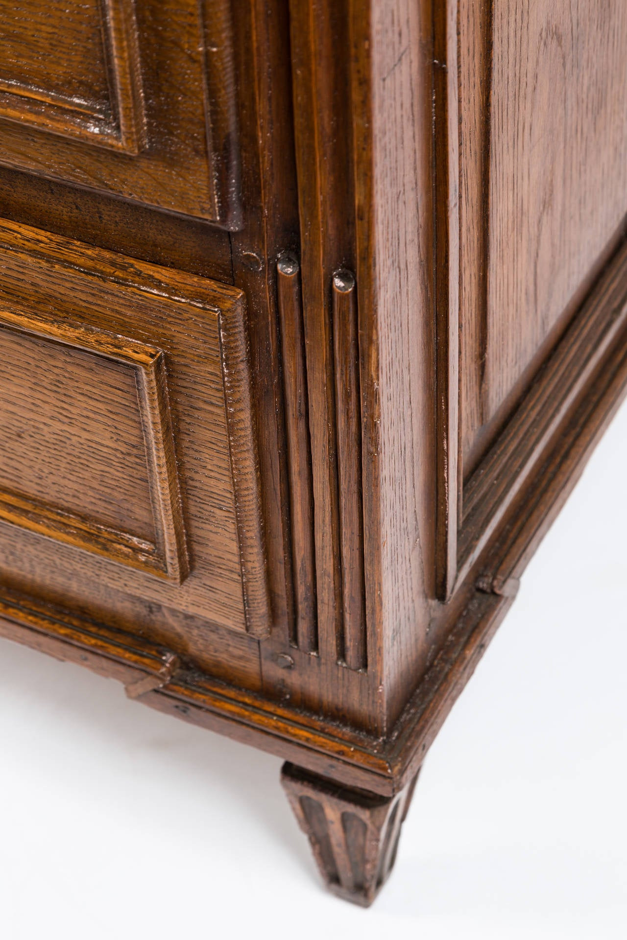 18th Century French Louis XVI Dresser in Solid Oak 6
