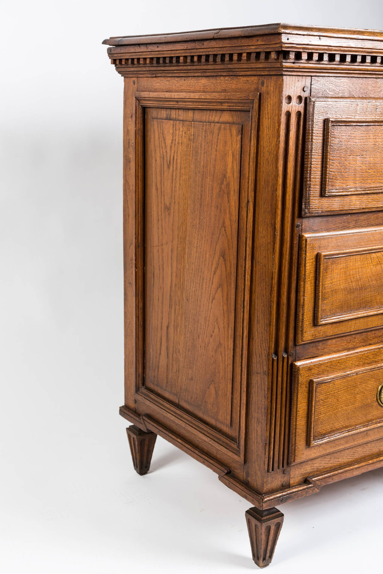 18th Century French Louis XVI Dresser in Solid Oak 2
