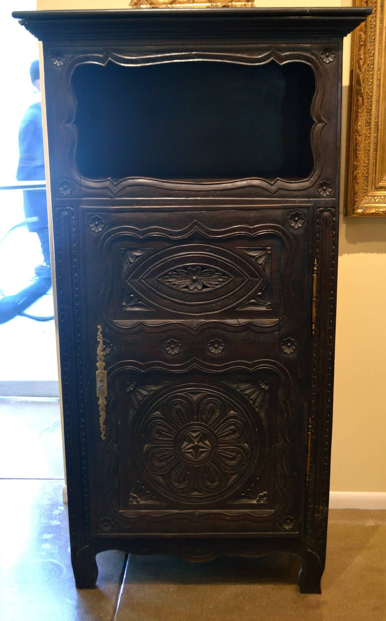 19th Century Antique French Cabinet In Good Condition For Sale In Los Angeles, CA