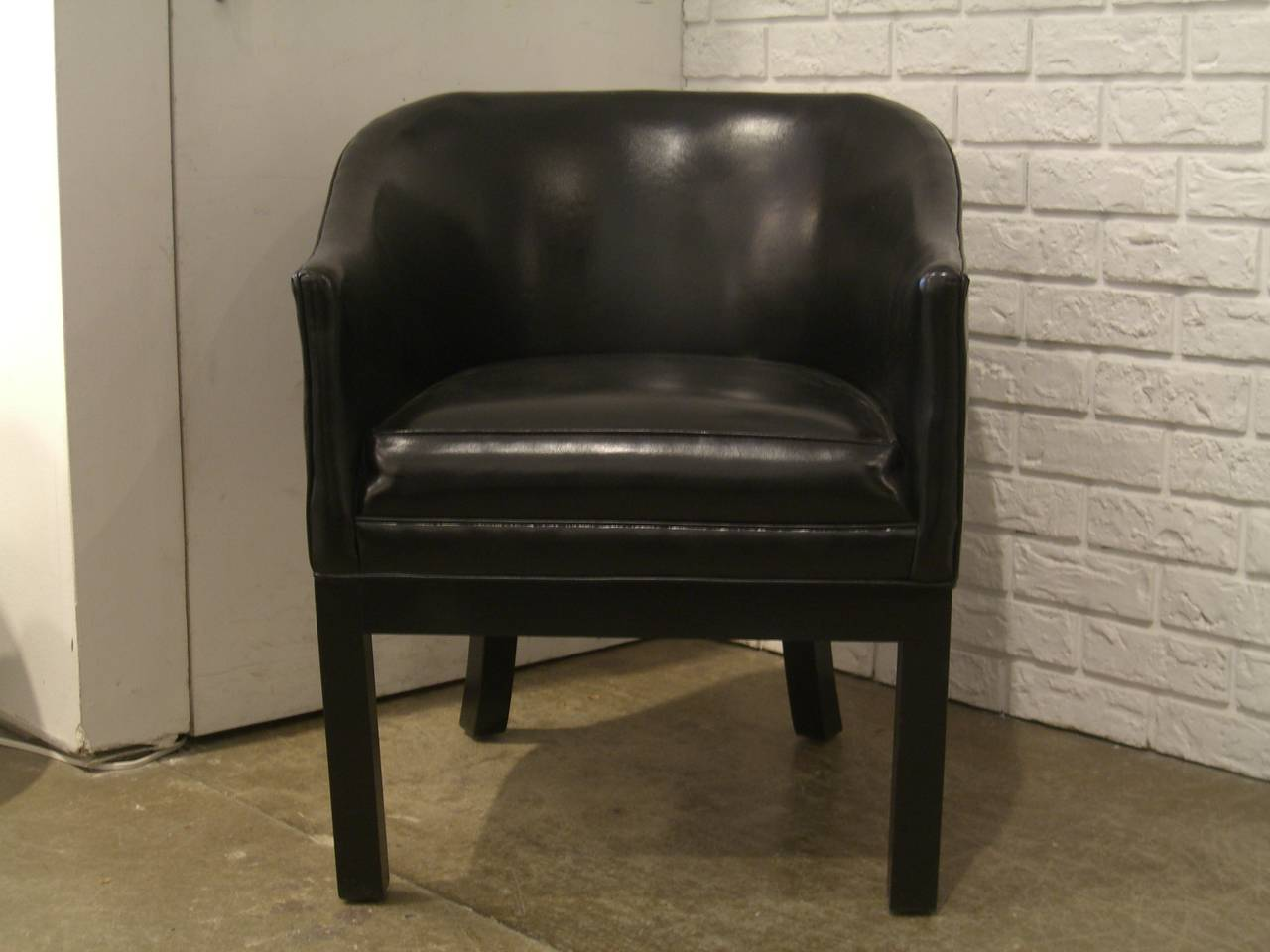 Black Vinyl Occasional Chair 3