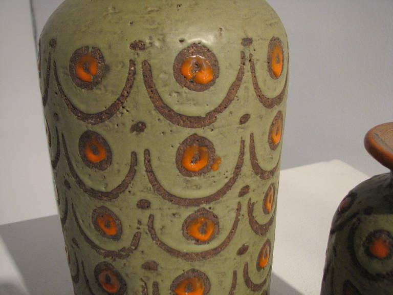 Three-Piece Green and Orange Italian Pottery Set 3