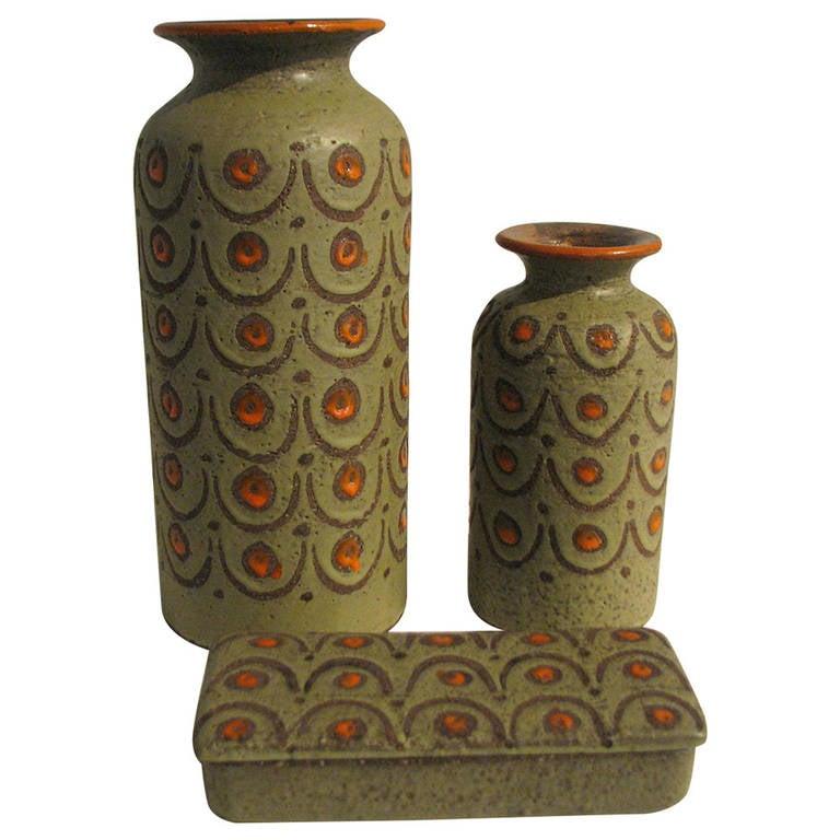 Three-Piece Green and Orange Italian Pottery Set 1