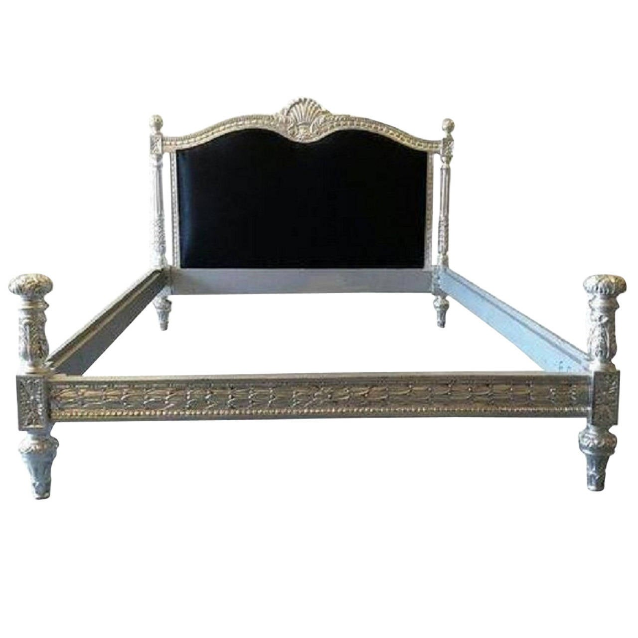 French bed silver and black velvet in louis xv baroque for Baroque style bed