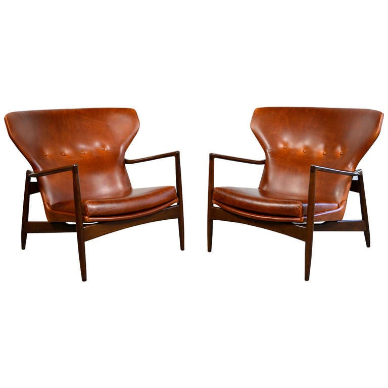 Ib kofod larsen pair of danish modern leather lounge for Contemporary leather lounge chairs