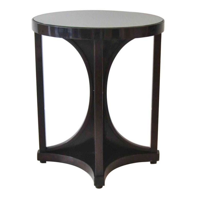 Elegant round table with glass top at 1stdibs for 13 inch round glass table top