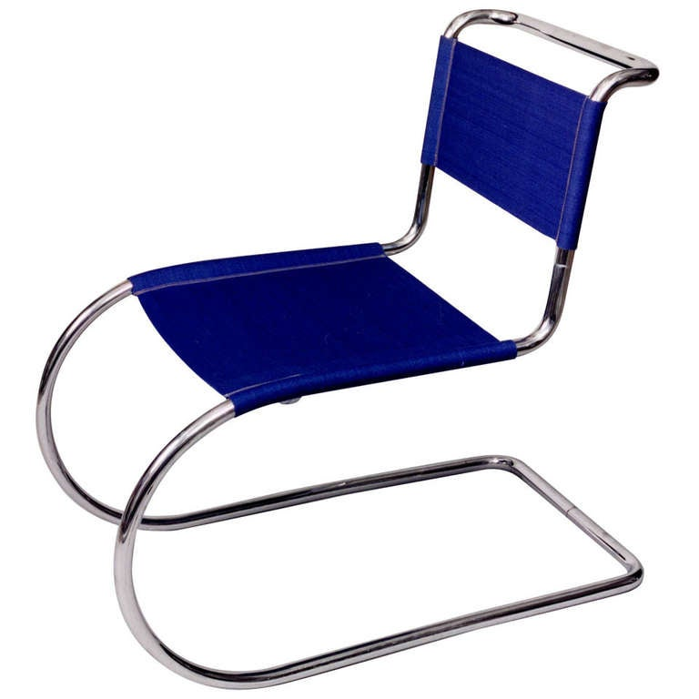 tubular steel cantilever chair by ludwig mies van der rohe