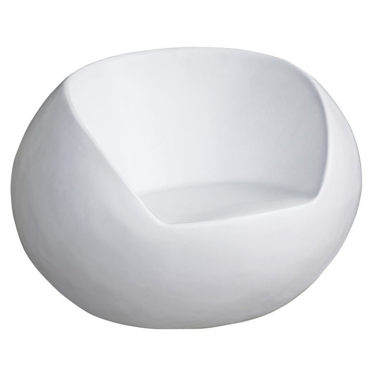 Astounding Retro Fiberglass Orb Egg Chair Beutiful Home Inspiration Xortanetmahrainfo