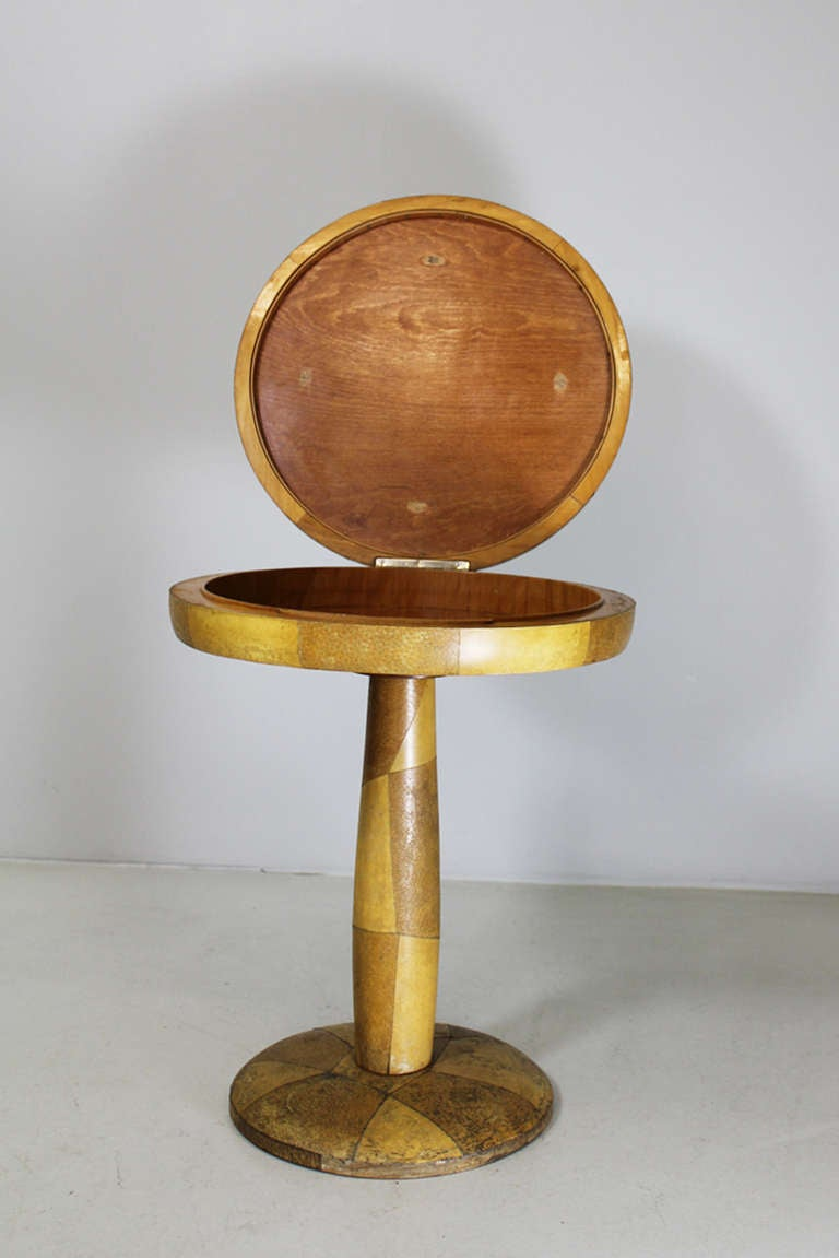 Italian Side Table by Osvaldo Borsani ca. 1940 For Sale