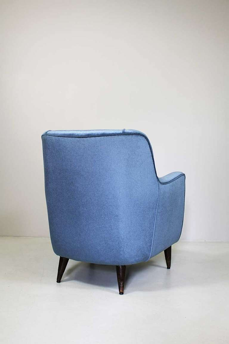 Mid-20th Century Armchair by Gio Ponti, Cassina, circa 1945 For Sale