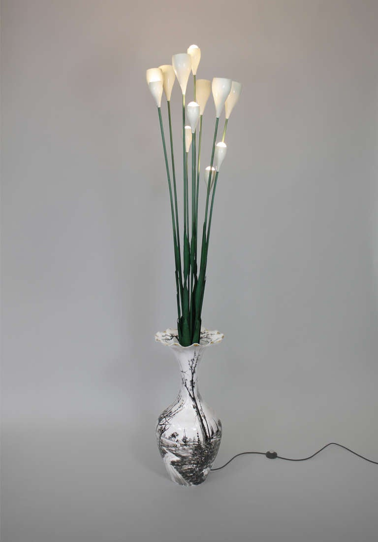 Floor lamp by Angelo Lelli, 1950, Arredoluce Italy  vase porcelain, flowers painted metal