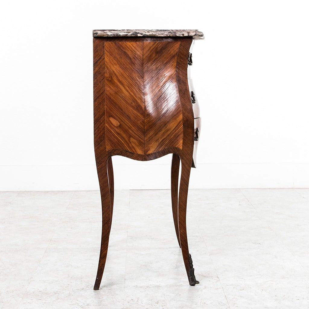 18th Century French Louis XV Parquetry Marble-Top Commode or Chest In Excellent Condition For Sale In Fayetteville, AR