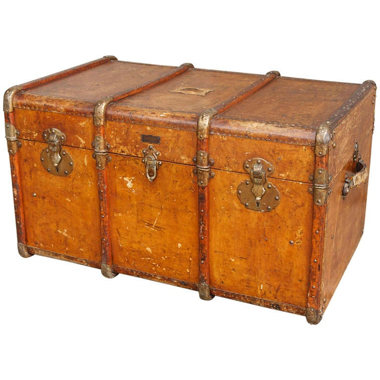 Colonial period leather trunk at 1stdibs for L furniture more kelowna