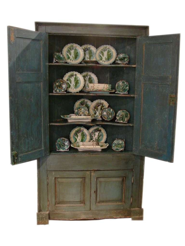 Painted country corner cabinet for sale at 1stdibs for The country corner