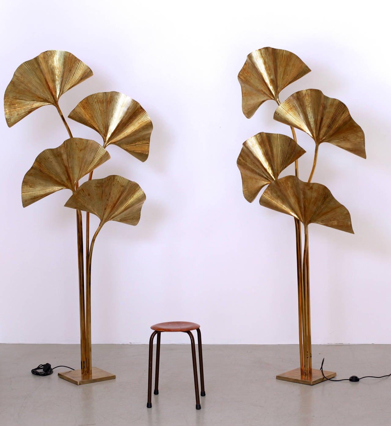 Huge Four Ginkgo Leaf Brass Floor Lamp by Tommaso Barbi 3