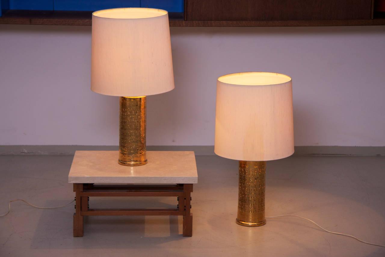high end pair of large bergboms gilded ceramic table lamps sweden for. Black Bedroom Furniture Sets. Home Design Ideas