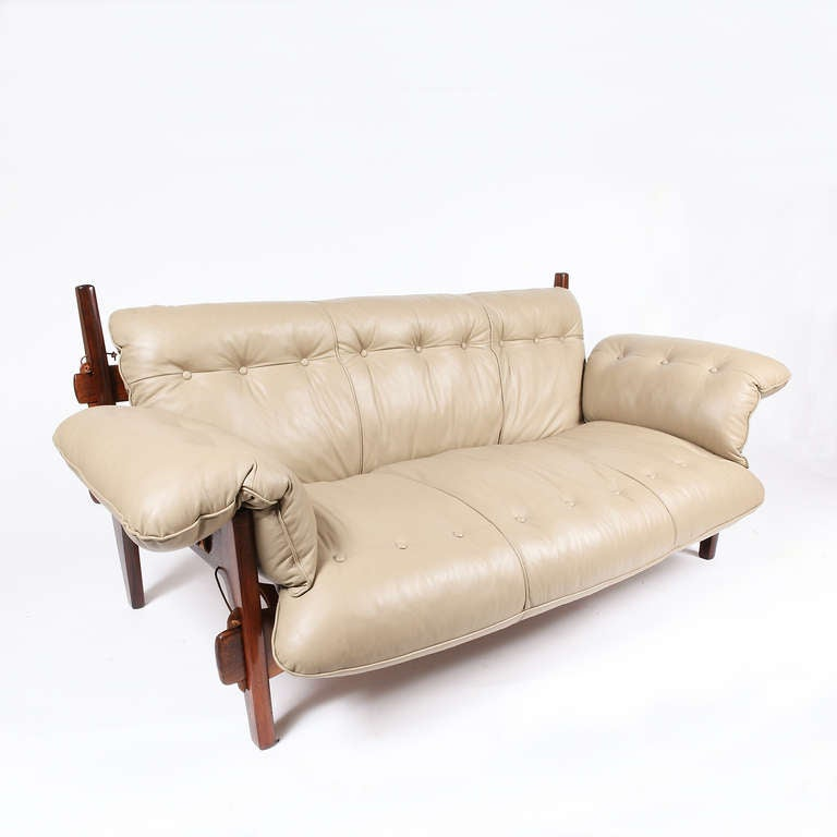 moleca sofa by sergio rodrigues at 1stdibs. Black Bedroom Furniture Sets. Home Design Ideas