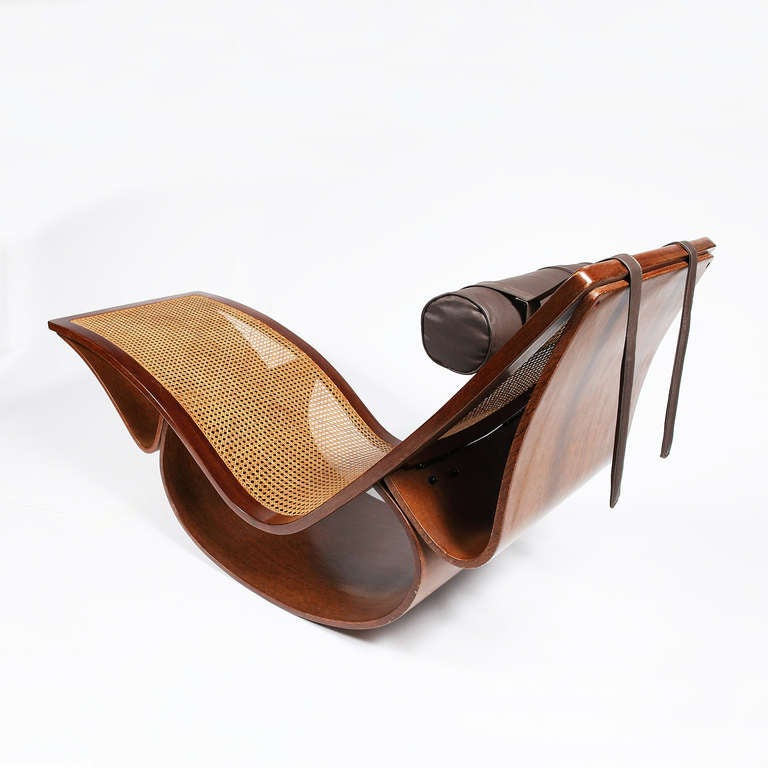 Exceptional rio chaise longue by oscar niemeyer at 1stdibs for Chaise longue oscar niemeyer