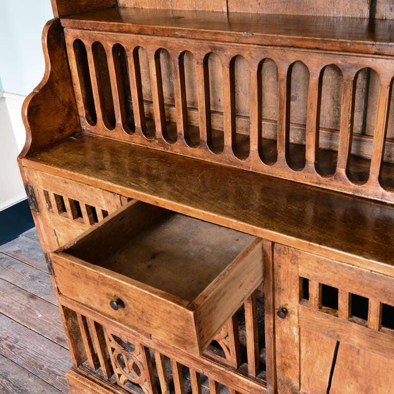 Irish Coop Dresser 5