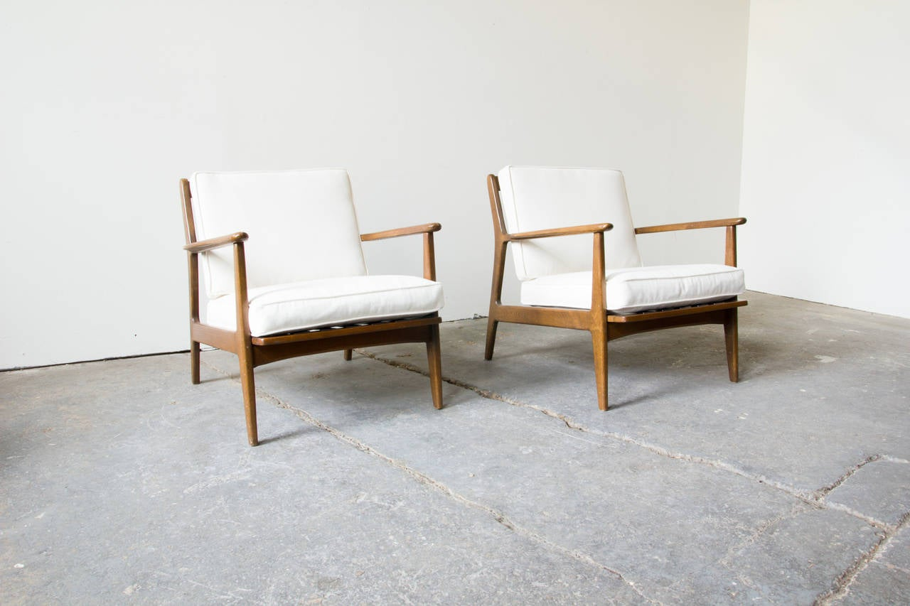 Pair Of Baumritter Lounge Chairs At 1stdibs