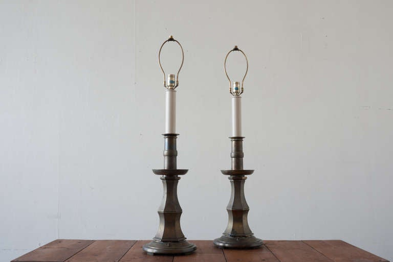 Hollywood Regency Pair of Brass Stiffel Lamps For Sale