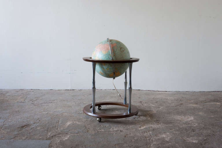 Mid-Century Modern Replogle Terrestrial Floor Globe For Sale