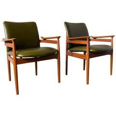 Pair of Finn Juhl F/192 Armchairs