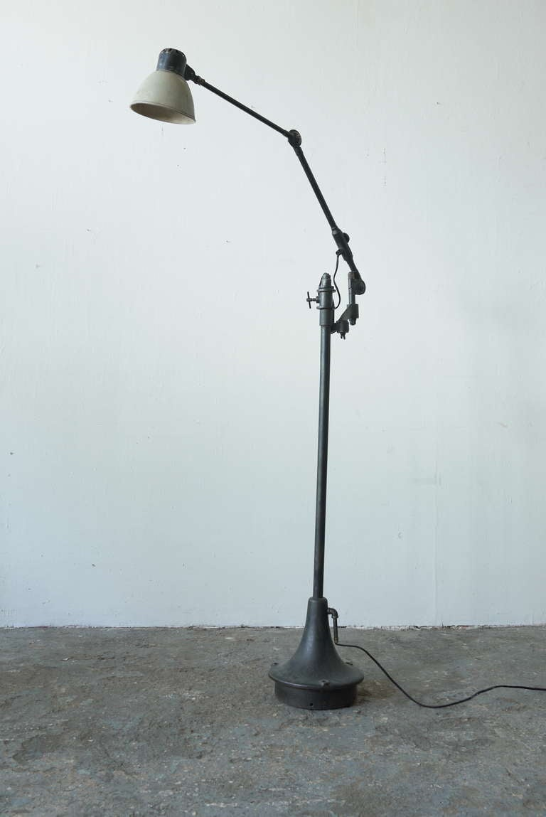 Industrial floor lamp with Iron Base.