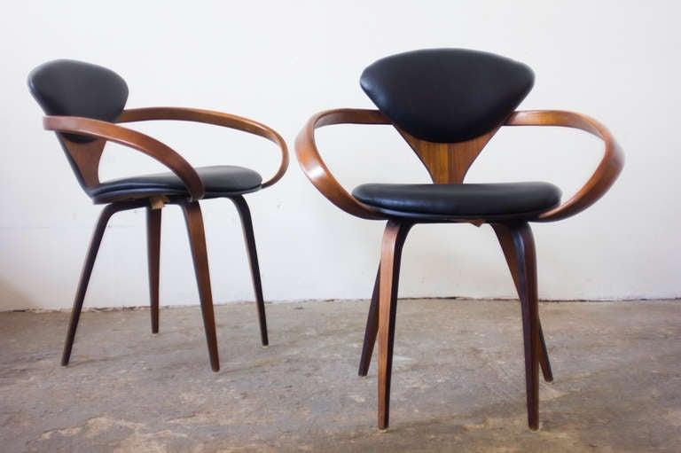 norman cherner pretzel chairs 2