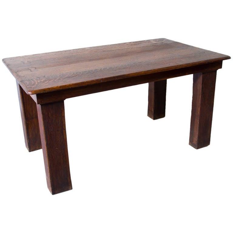 Primitive oak farm table at 1stdibs for Primitive dining room furniture
