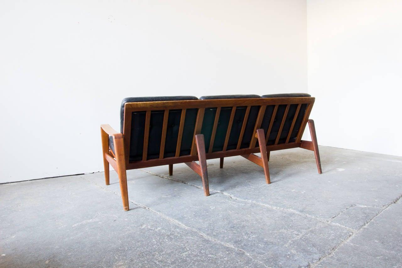 arne wahl iversen komfort sofa at 1stdibs