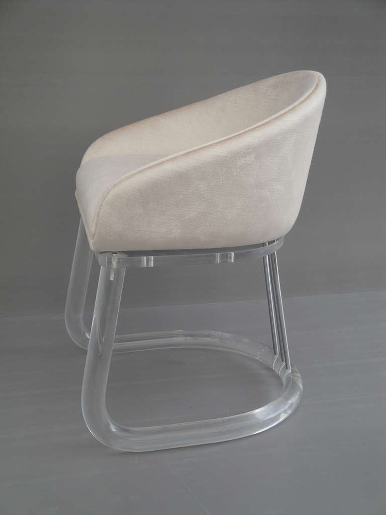 Lion in frost lucite vanity chair at 1stdibs - Acrylic vanity chair ...
