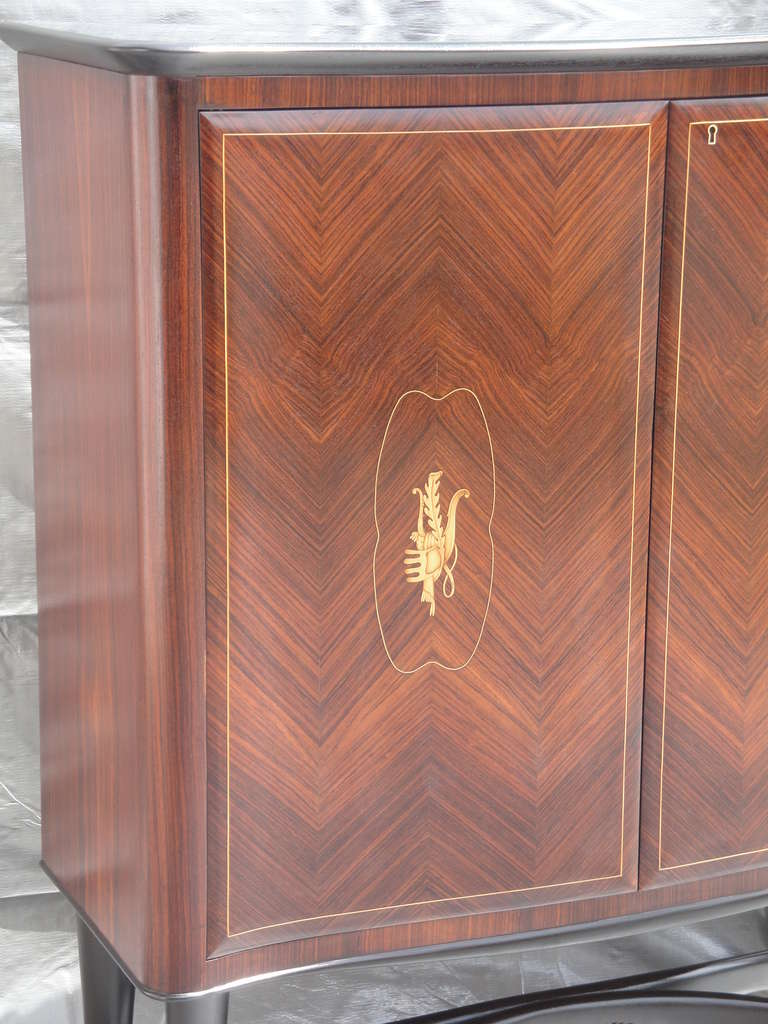 Rosewood Bar Cabinet Style of Paolo Buffa For Sale 3