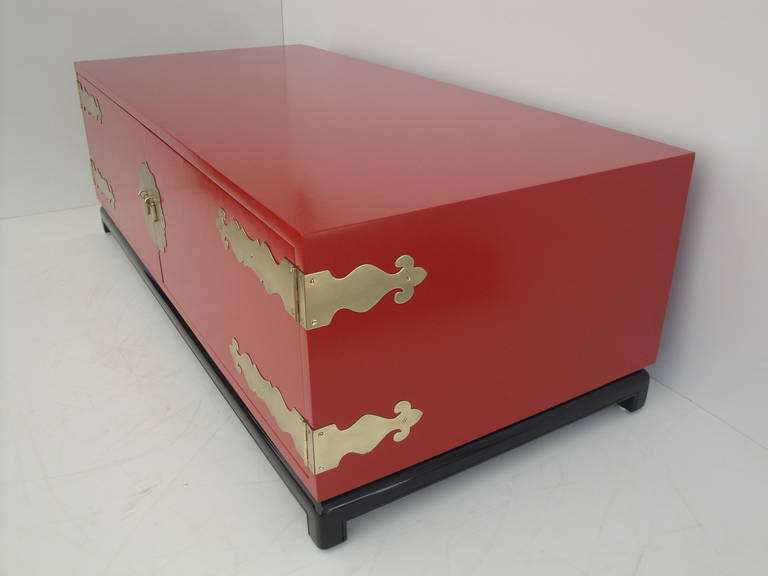Hollywood Regency Red Lacquered and Brass Coffee Table or Cabinet 5
