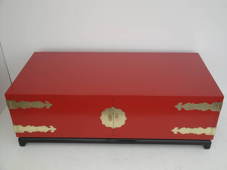 Hollywood Regency Red Lacquered and Brass Coffee Table or Cabinet 10