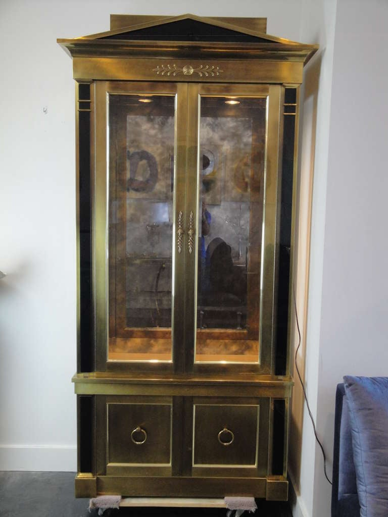 Stunning Mastercraft Brass Vitrine Cabinet For Sale at 1stdibs