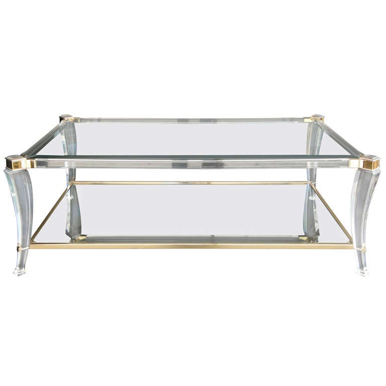 Elegant lucite and glass coffee table at 1stdibs for Designer cocktail tables glass