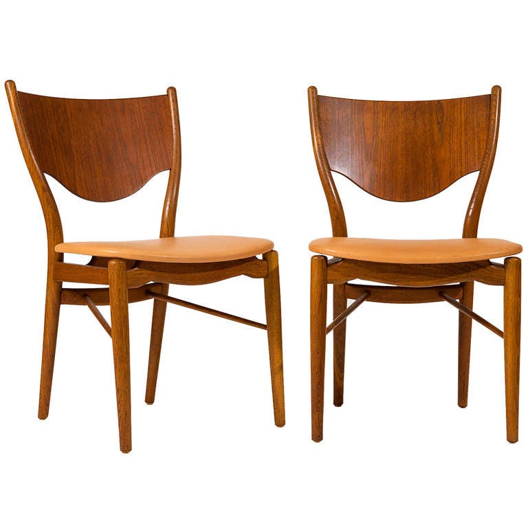 Finn Juhl, pair of chairs BO-46 1