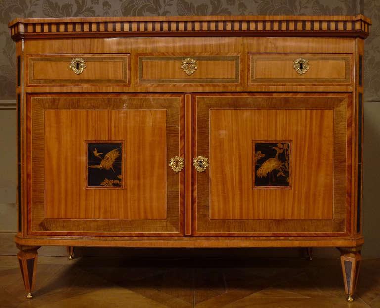 """Veneer A fine Dutch Louis XVI sideboard or """"klapbuffet"""" For Sale"""