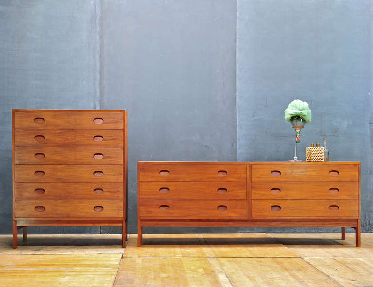 1950 S Vitre Danish Mid Century Modern Long Teak Bedroom Dresser 2