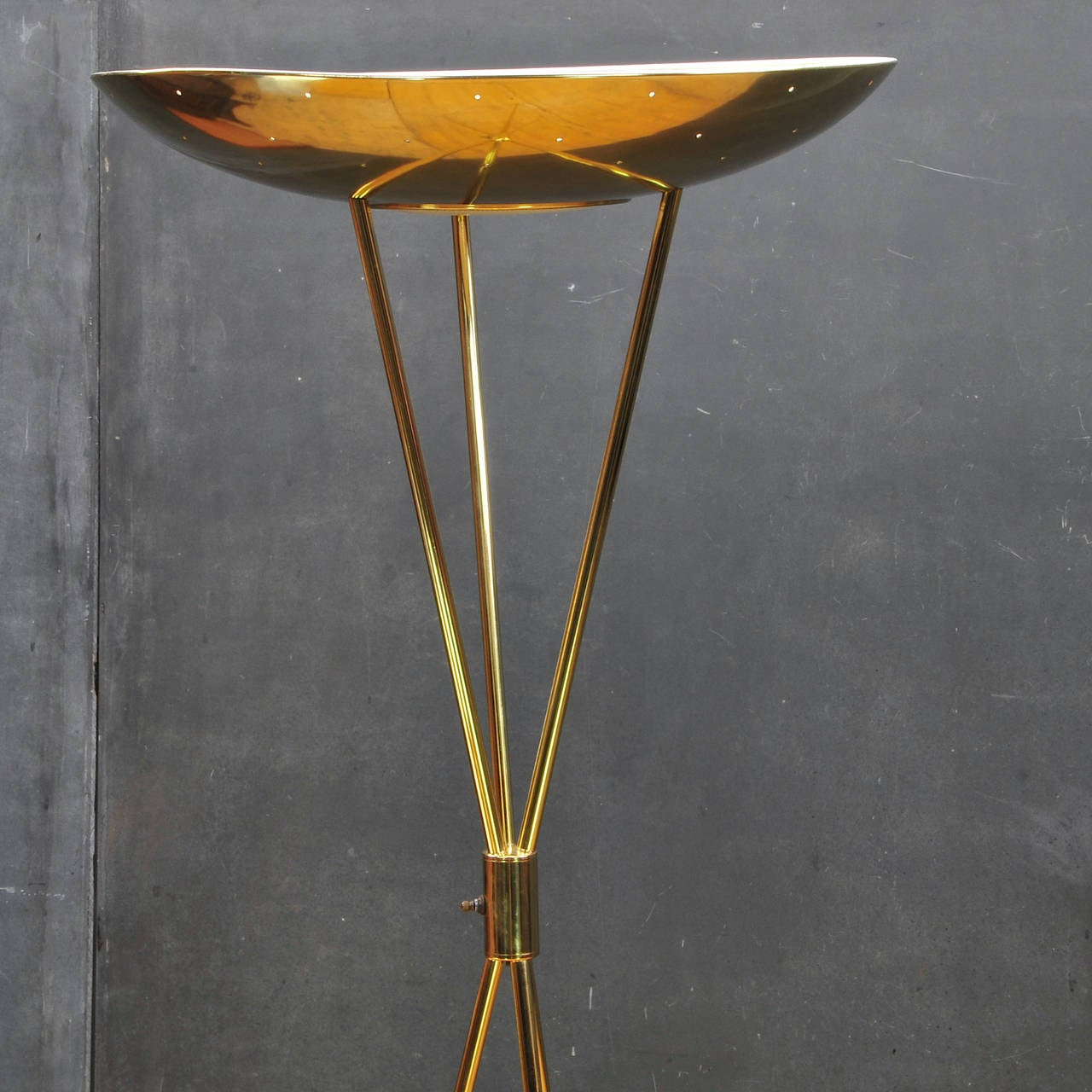 1950s modern romanesque laurel regency torchiere tripod for Contemporary torchiere floor lamps