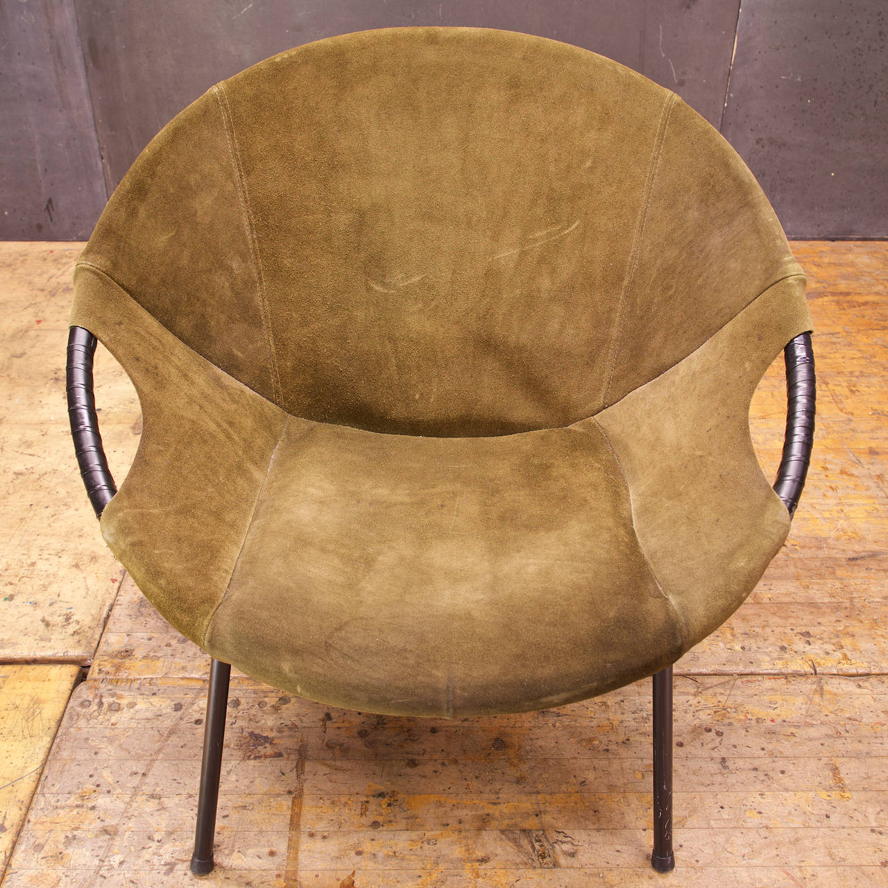 1960s Lusch Circle Chair In Greenish Brown Suede Leather