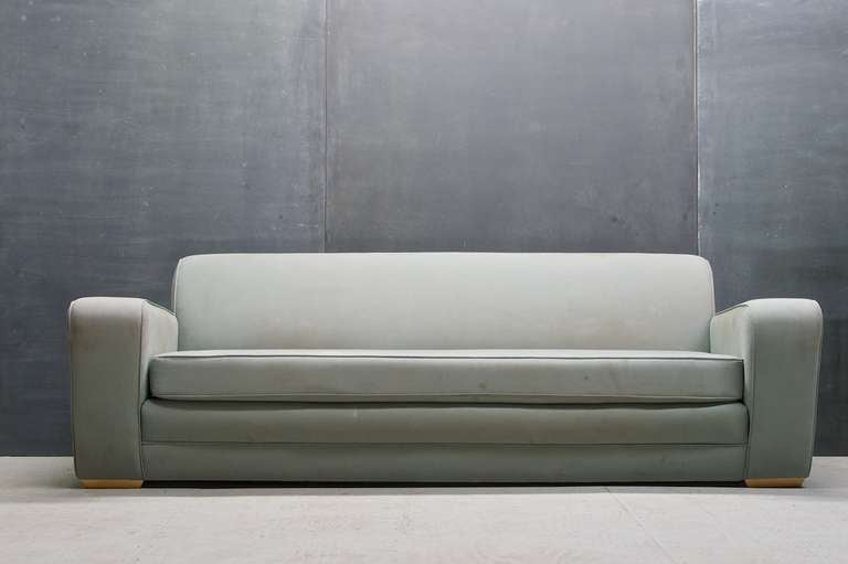 American 1930s Frankl Speed Sofa Deco Moderne Machine Age & Streamline For Sale