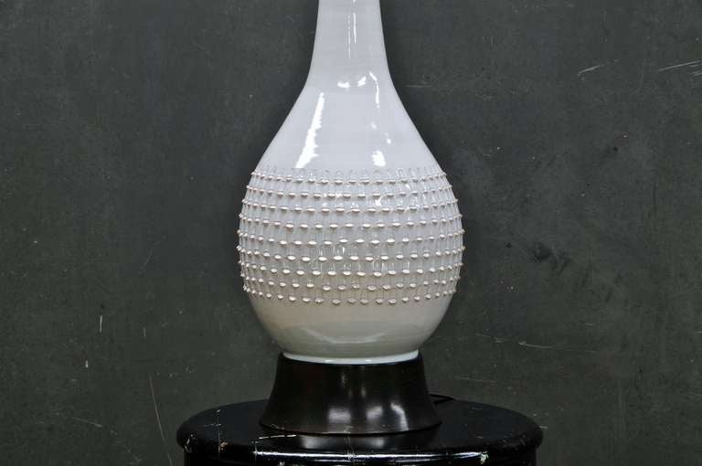 Hollywood Regency Jacob Bang Scaled Ceramic Table Lamp For Sale