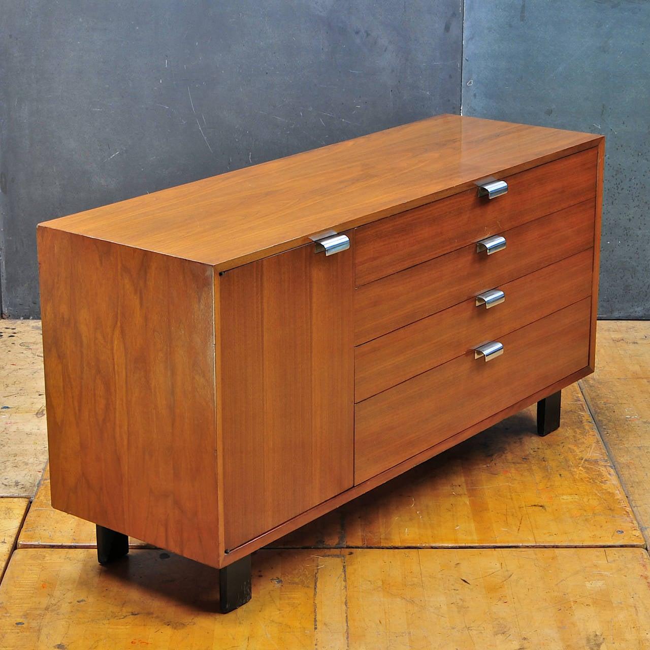 1950s george nelson for herman miller model walnut bureau at 1stdibs. Black Bedroom Furniture Sets. Home Design Ideas