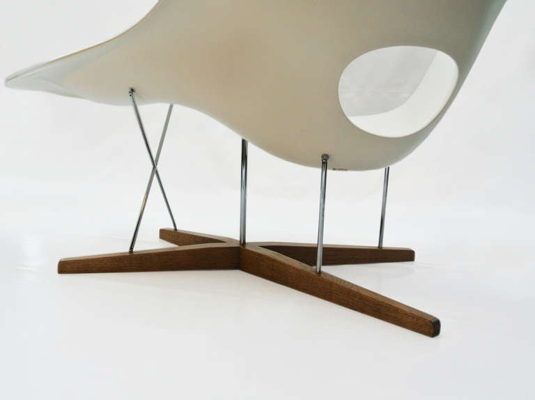 la chaise by charles eames at 1stdibs. Black Bedroom Furniture Sets. Home Design Ideas