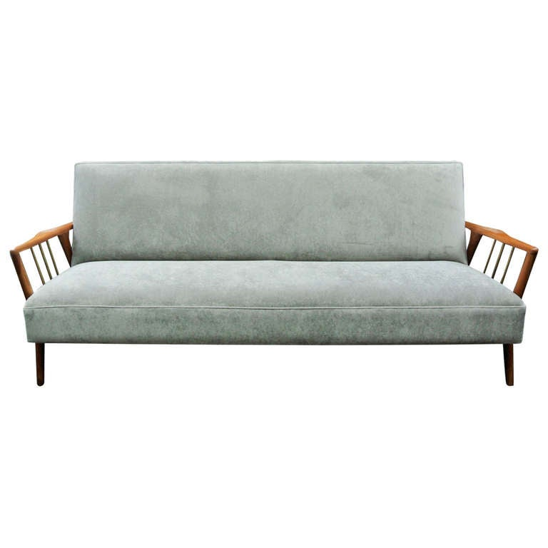 Mid century modern danish sofa at 1stdibs for Mid century modern sofas