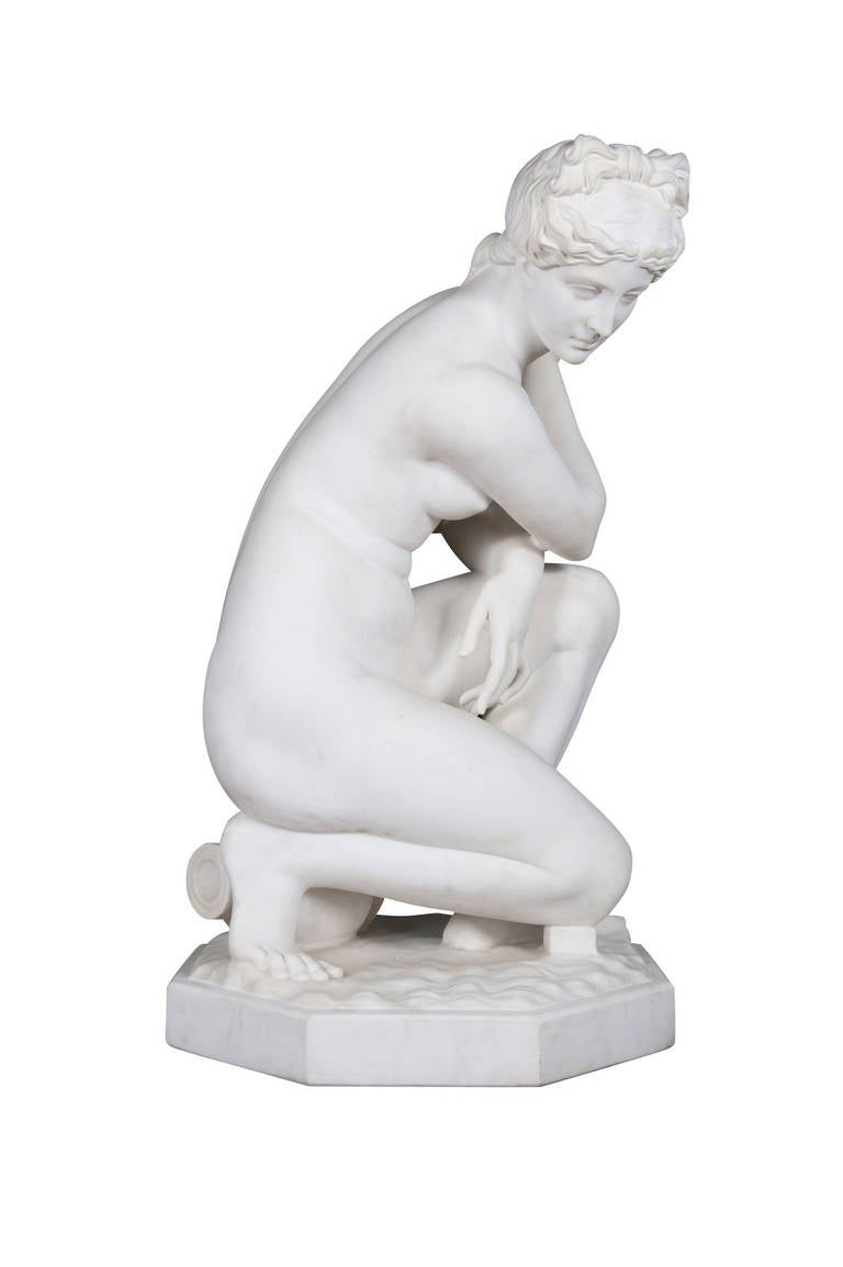 19th Century Marble Figure of 'the Crouching Venus' on Pedestal For Sale 1