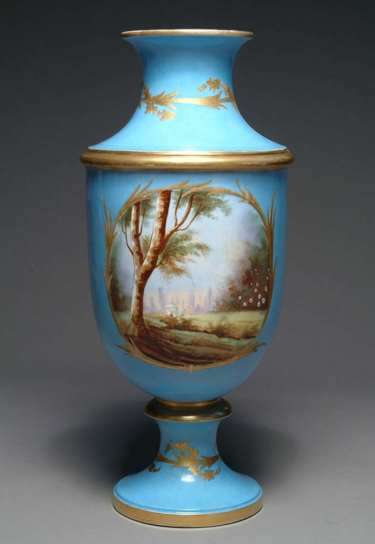19th Century French Hand-Painted Sevres Style Turquoise Porcelain Vase For Sale 2